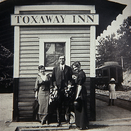 Toxaway Inn and train station